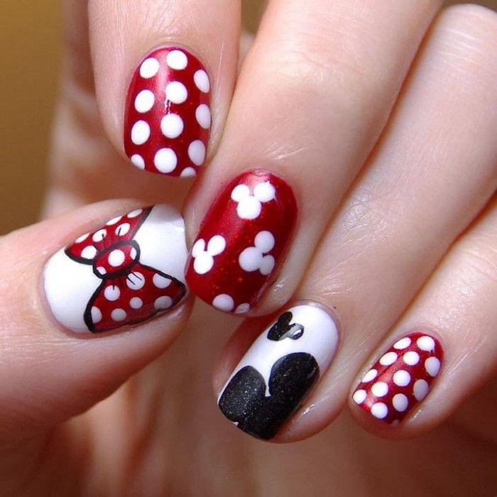 Mickey Mouse nails d | Mickey mouse nail design, Mickey mouse nails ...