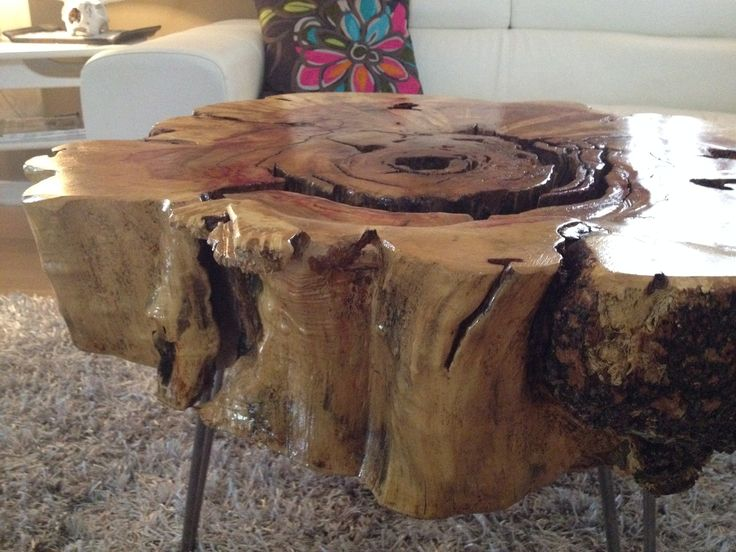 Stump End Table With Hairpin Legs Maple Close Up View Of