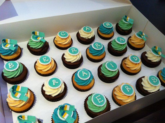 Canberra Raiders cup cakes.