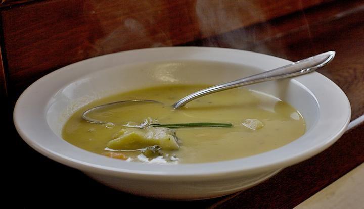Hustá bramborová polévka - http://receptydetem.cz/husta-bramborova-polevka/