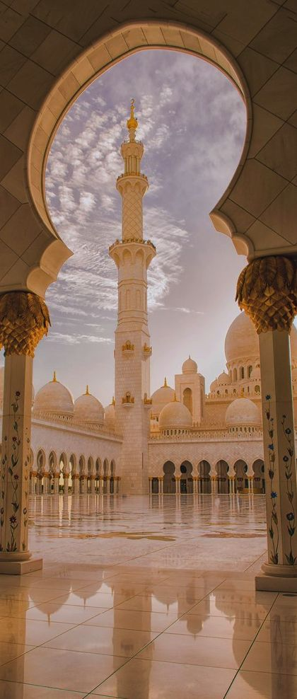 Sheikh Zayed Grand Mosque, Abu Dhabi                                                                                                                                                                                 More