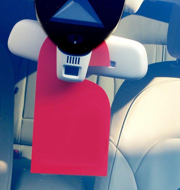 Materiale in plastica dura rigida da appendere allo specchietto retrovisore. Numeri o lettere di 3 cifre in base alle vostre specifiche. (Si prega di specificare al momento dell'ordine) Misura.: L 130 x H 250 Mm Spessore : 1 mm Confezione da 10 pezzi. Colore Disponibile: Giallo/Nero - Rosso/Bianco - Blu/Bianco - Verde/Bianco - Bianco/Nero - Nero/Bianco