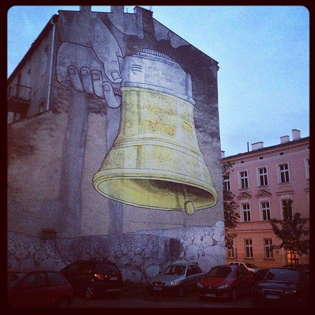 Found on #Starpin. #Kraków #Cracov #streetart #mural #bell