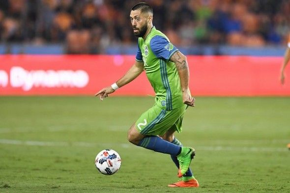 Clint Dempsey of the Sounders recorded two goals and an assist in the Sounders' win over Colorado, a performance that netted him MLS Player of the Week.