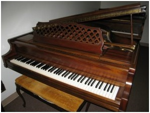 Love my Kimball Baby Grand 5'1″ that I got free! What a blessing!