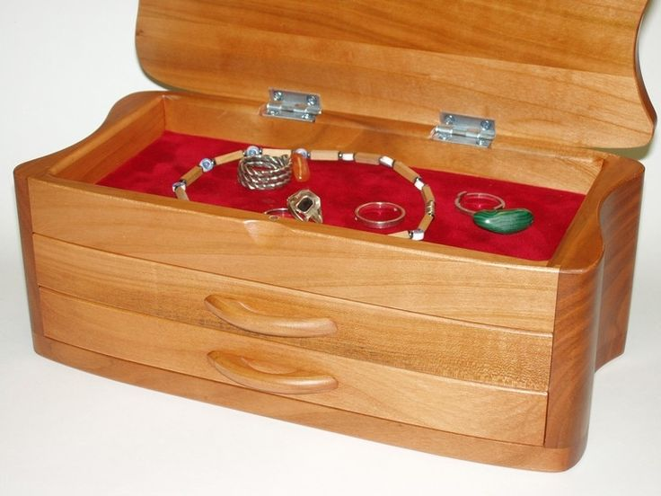 120.00 € www.soly-toys.com Jewelry boxes wooden - Derby