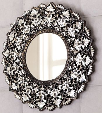 cut glass mirror: Mirrors Decore, Mirror Mirror, Gorgeous Mirror, Glass Emblazoned Mirror, Decorating Ideas, Decorated Mirrors, My Mirror, Glass Mirrors