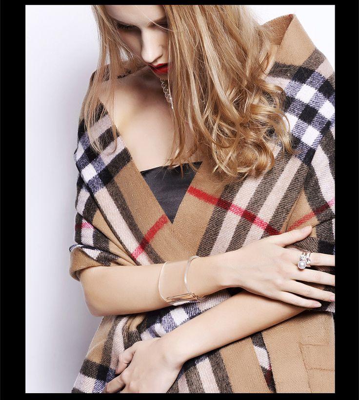 Aliexpress.com: Comprar 2014 mujeres del invierno suéter a cuadros clásicos cardigans de cachemira más grande oscilación espesar lana abrigo caliente con bolsillo grande de suéteres fuera del hombro confiables proveedores de Young's.