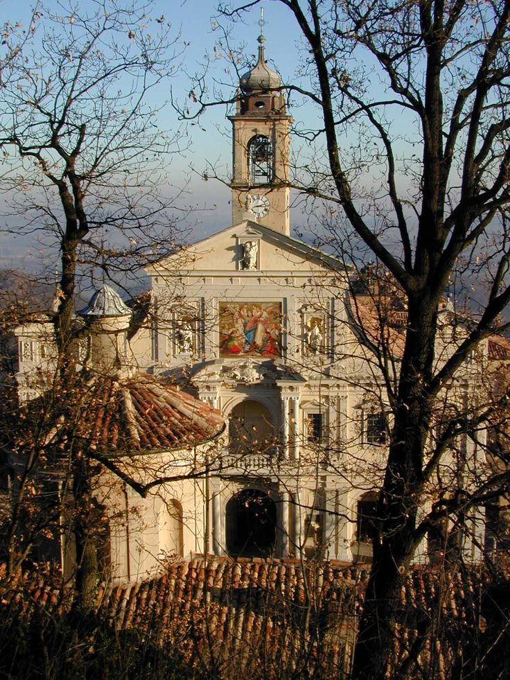 Santuario Sacro Monte di Crea, Serralunga di Crea, Alessandria , Piemonte (Italy) http://www.winepassitaly.it/index.php/en/travel-wineries-piedmont/maps-and-wine-zones/monferrato/itinerary/crea-from-the-sacrilege-to-the-sacred