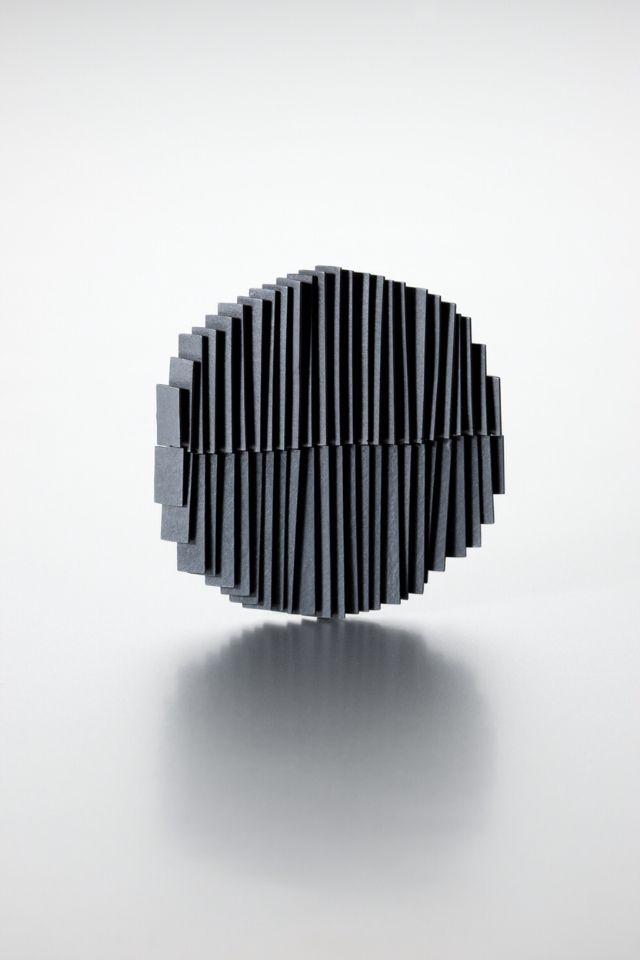 brooch. silver. by jihee Hong