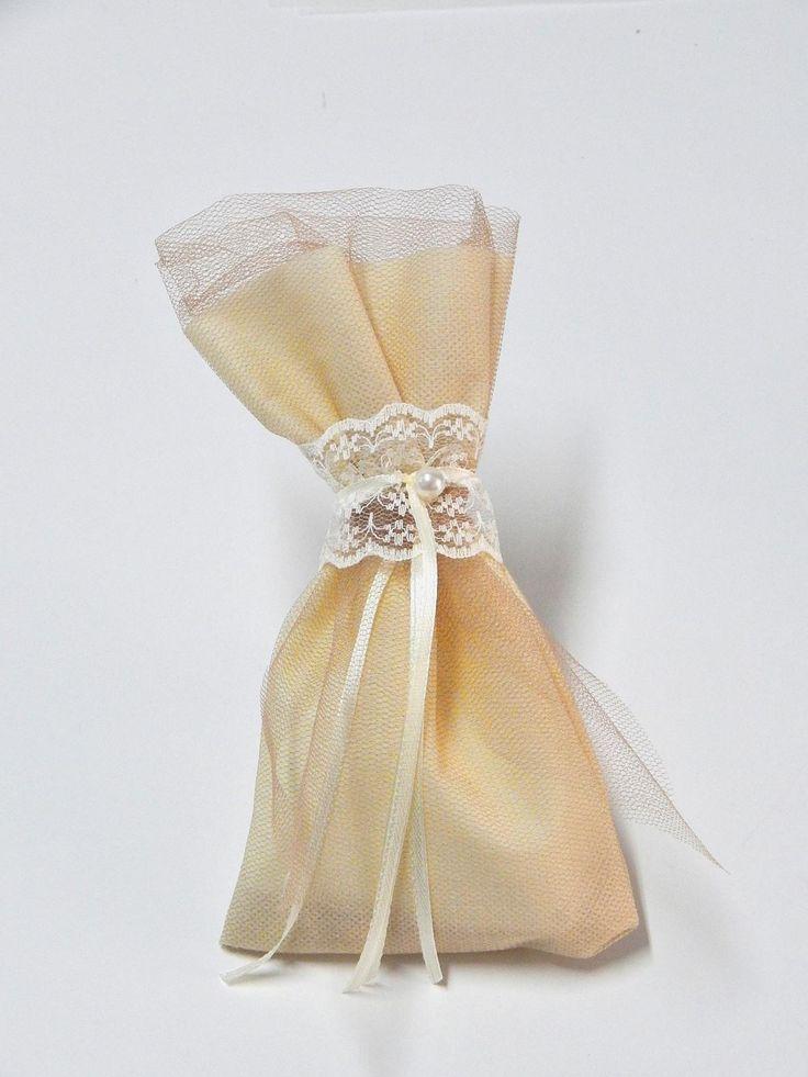 Μπομπονιέρα Γάμου - Πουγκί με Δαντέλα και Πέρλα