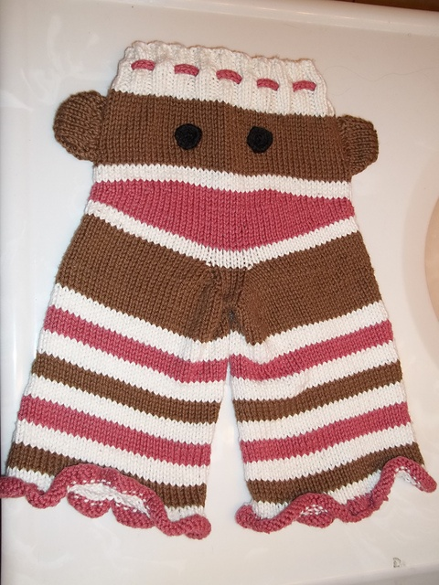 Knit Monkey Butt Pants for my niece!