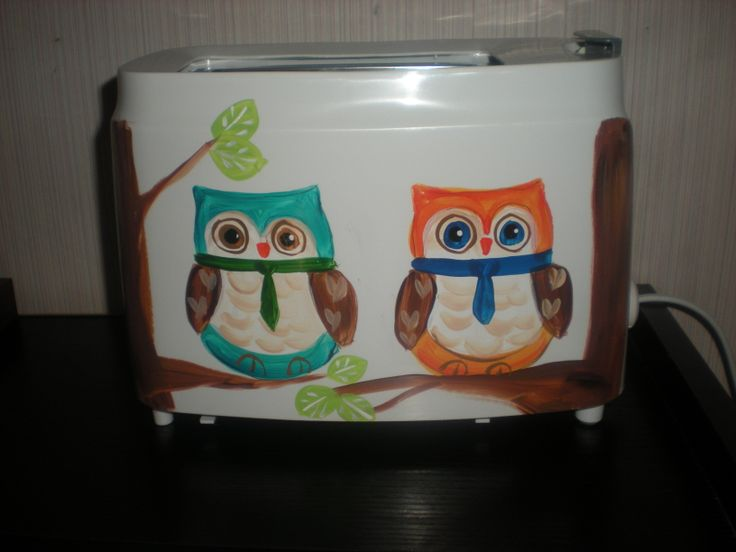 hand painted 2 slice toaster in fun owls on a limb design