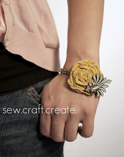 DIY bracelet! great gift idea