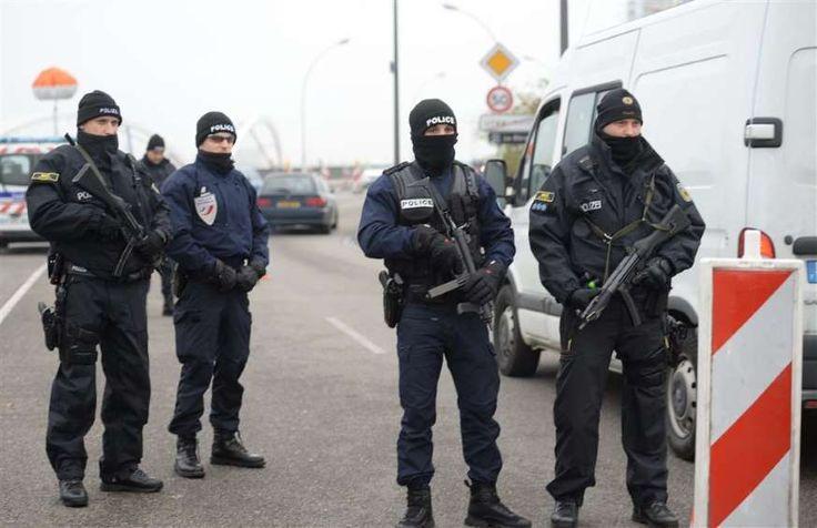 1000 mensen geweigerd aan Franse grens