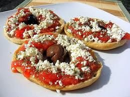 Cretan dakos is the most famous apetizer of the Cretan diet. Prepared with traditional Cretan rusks, extra virgin olive oil, chopped tomatoes, feta cheese and oregan from the Cretan mountains, is considered to be the best starter for the gastronomic habits of the locals in daily basis. It is also a delicious fast prepared healthy snack for hard working people and those who love to eat light