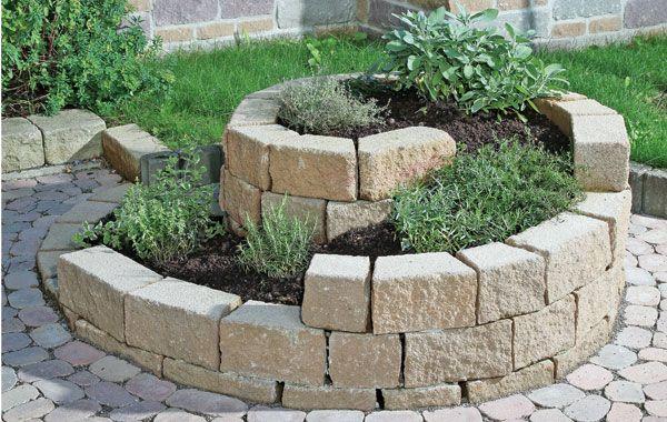 SANTURO Kräuterschnecke für den heimischen Garten.