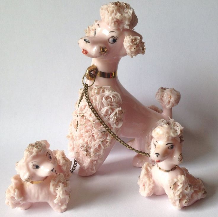 VINTAGE 1950s PINK SPAGHETTI POODLE DOG w/2 POODLE PUPPIES ON CHAINS ~ NAPCO?