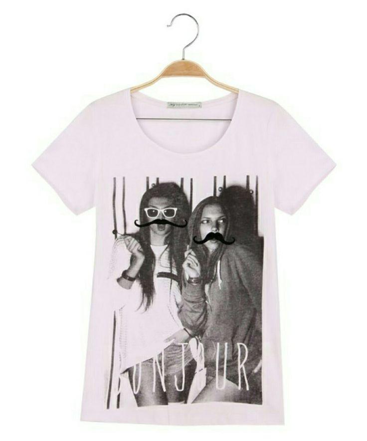 Simple fashion tshirt for simple fashion people. BONJOUR