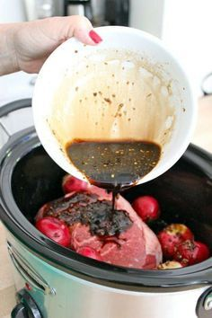 Balsamic roast with red potatoes in the crock pot