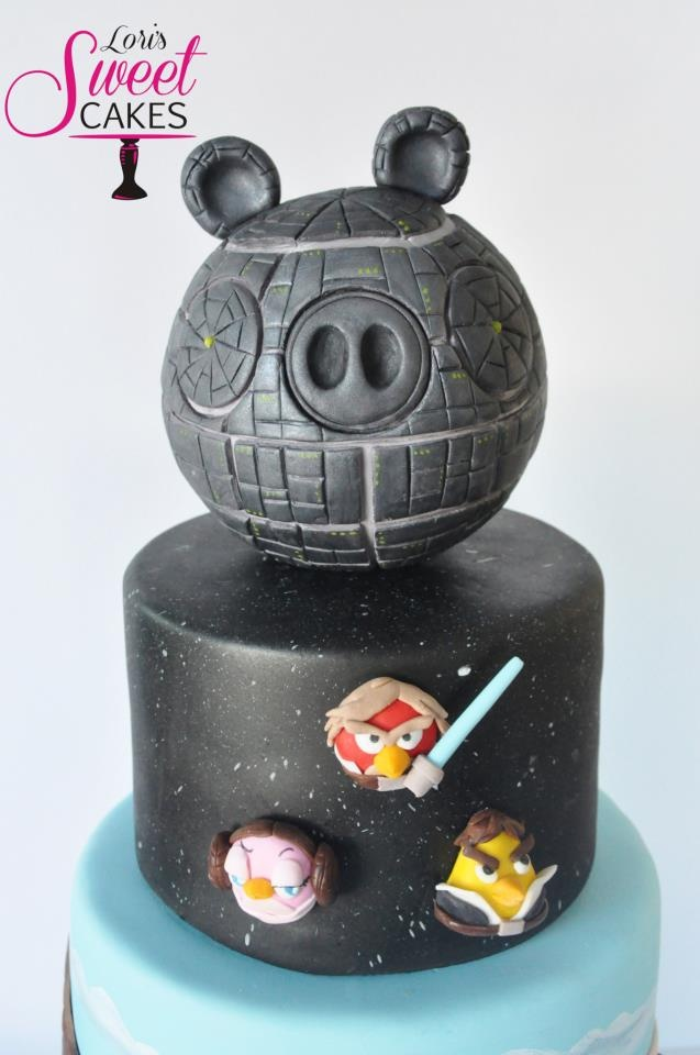 Star Wars Angry Birds Cake - Close up of the Death Star, Luke Skywalker, Han Solo, Princess Leia bird. https://www.facebook.com/lorissweetcakes