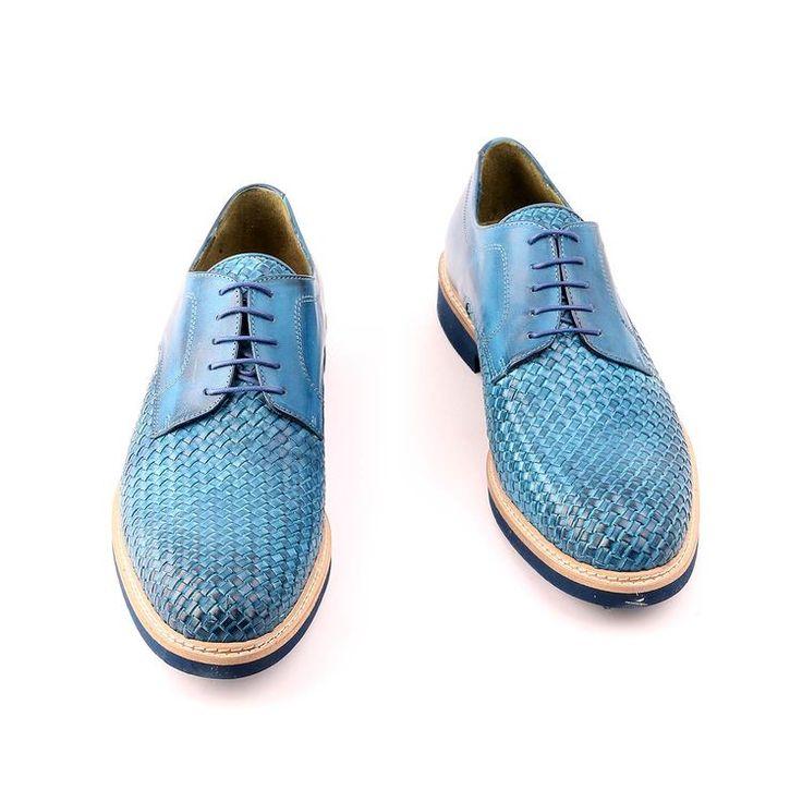 Scarpe Primavera / Estate per l'uomo, scarpe basse, di colore blu, tessuti in vera pelle, suola in gomma e cuoio, con disegno antiscivolo, fatte a mano in Italia.