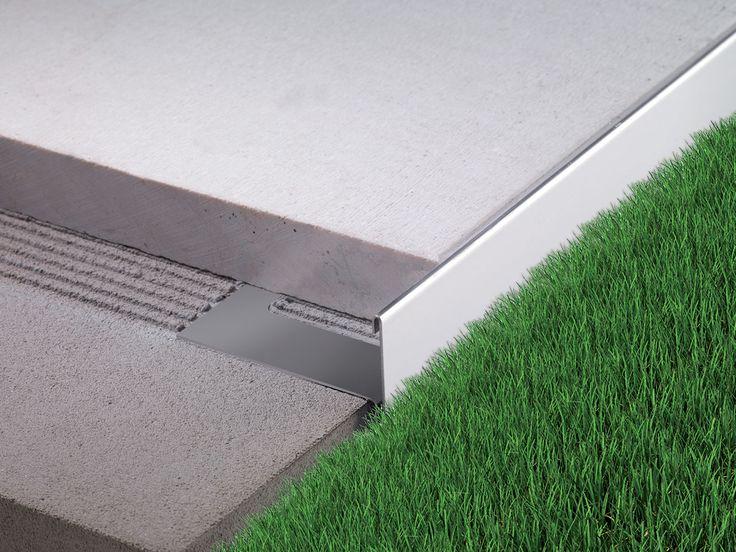 Bordertec BSR è indicato nella finitura e protezione di marciapiedi e ballatoi in marmo e pietra. La sezione reversibile del profilo permette l'utilizzo di due pavimentazioni di diverso spessore. BSR può essere abbinato con supporti per pavimenti sopraelevati a testa fissa o autolivellante.