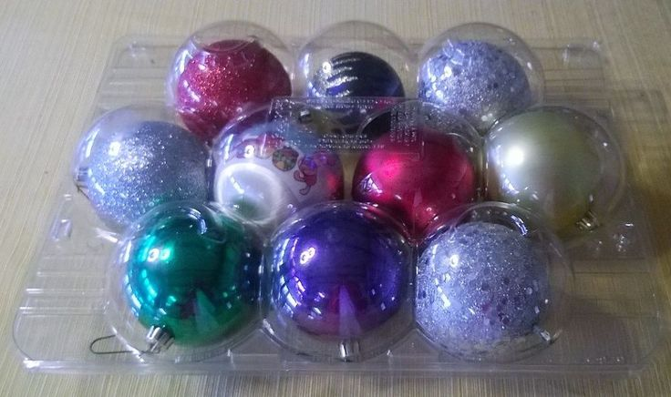 These can be found in many stores now like Grocery Outlet and Costco. They are perfect for yarn and thread and ornaments. Once you have enjoyed your apples, sto…