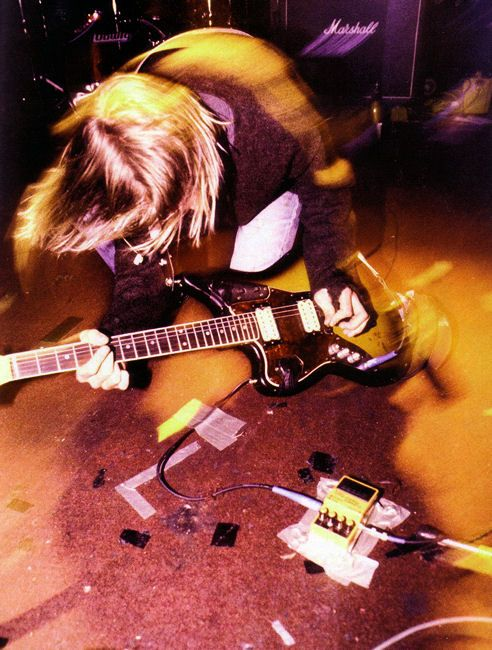 Kurt Cobain - Nirvana ... Follow - > http://songssmiths.wordpress.com Like -> http://www.facebook.com/songssmithssongssmiths