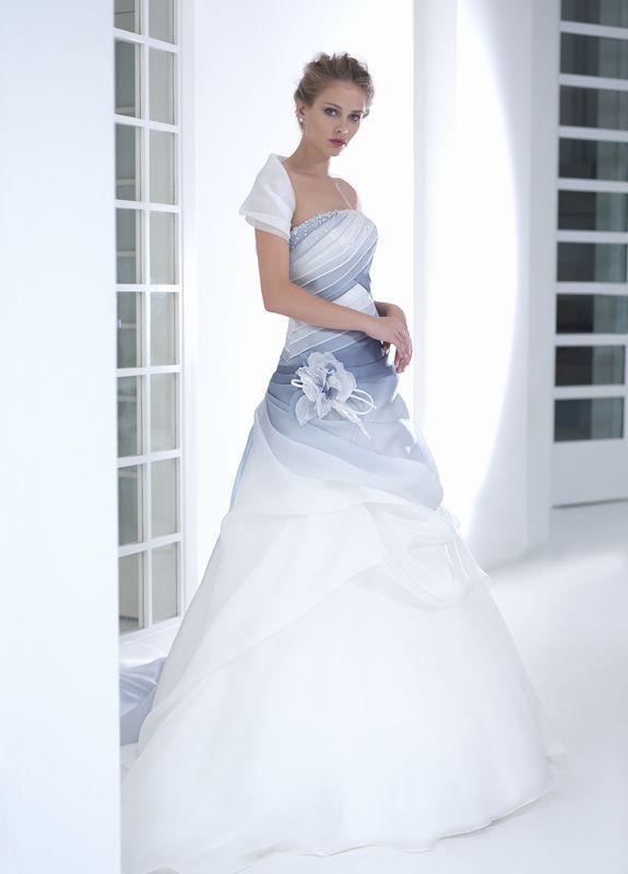 Vestito sposa azzurro