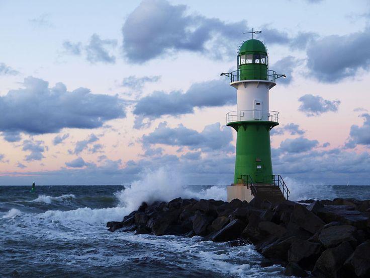 Leuchtturm Westmole Warnemünde