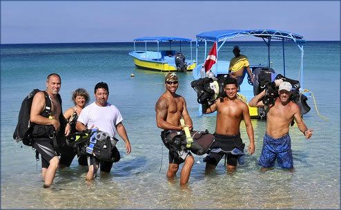 Bananarama Roatan Dive Center
