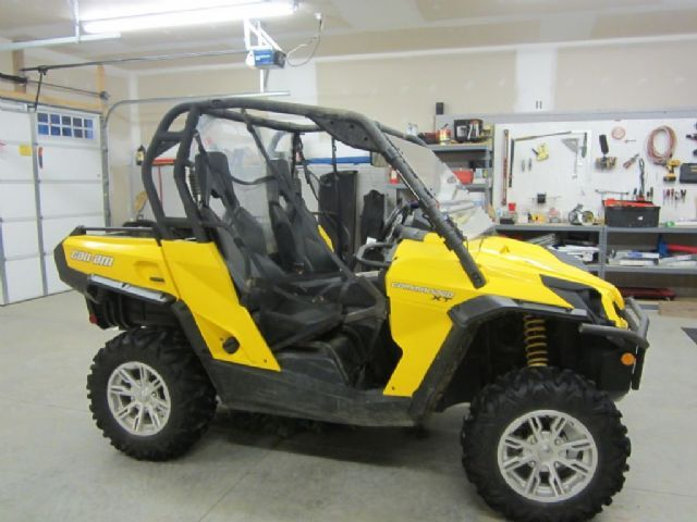 2012 can am can am commander 1000xt side by side yellow black 67 hours for sale in newland. Black Bedroom Furniture Sets. Home Design Ideas