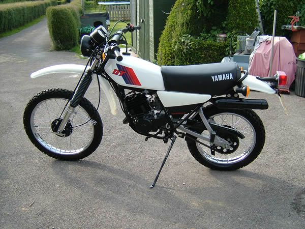 Yamaha DT 175 MX Restauration