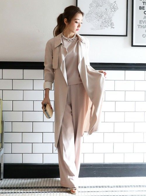 MODELREMI SAKAMOTOさんのパンツ「【平子理沙】セットアップパンツドレス/パーティードレス パンツ[結婚式や二次会などのシーン](DRESS LAB|ドレスラボ)」を使ったコーディネート