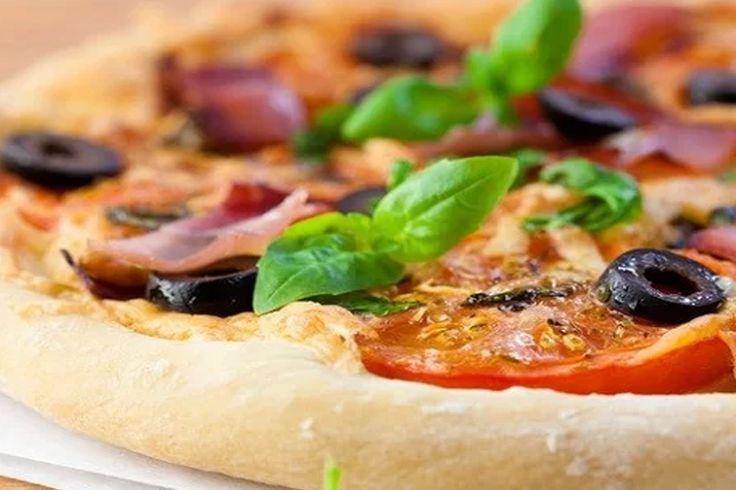 ooojoojojoj ♥ nádherka #pizza #olivy #rajčiny #smaky #mnamky #slovakia https://www.zlavomat.sk/zlava/558375-pizza-rizoto-alebo-cestoviny-a-zmrzlina-pre-2-osoby