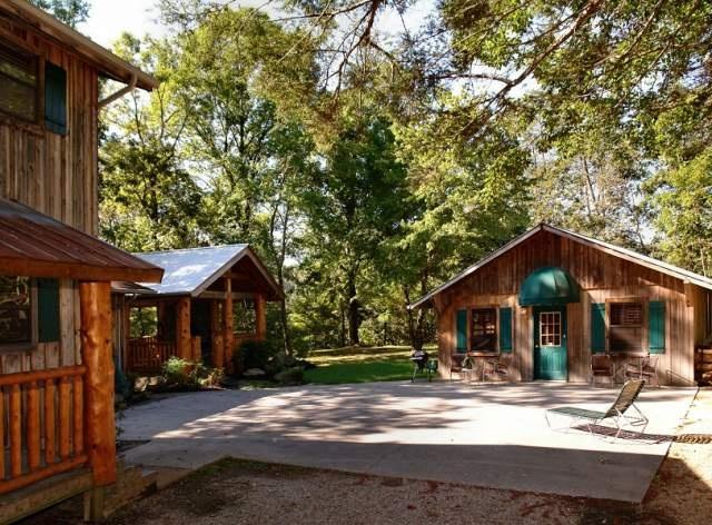 Valentine 39 s view at parkside gatlinburg cabin rentals tn for Poolin around cabin gatlinburg tn