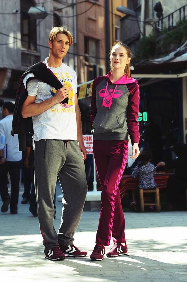 Spor yaparken modadan ödün vermeyenler için #Hummel şık tasarımlar sunuyor.