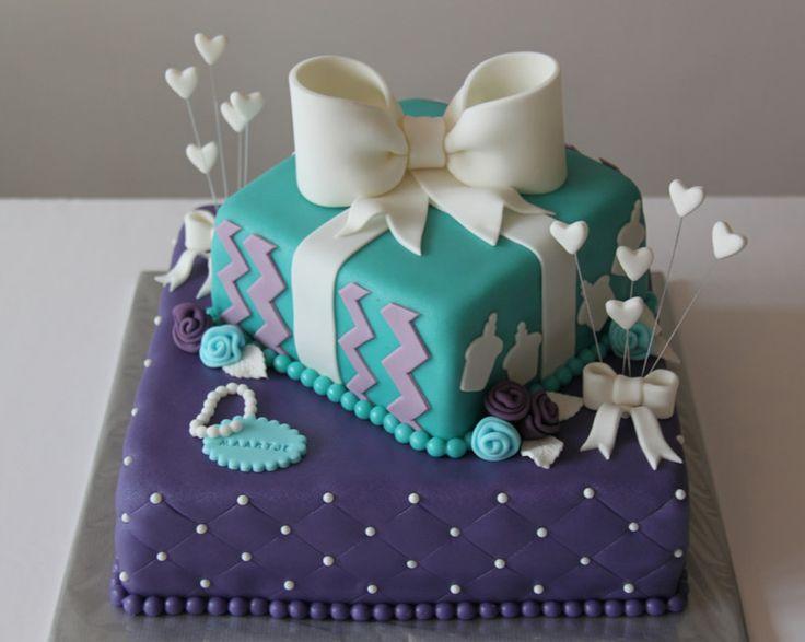 3D taarten - Koning Kikker Gift box cake