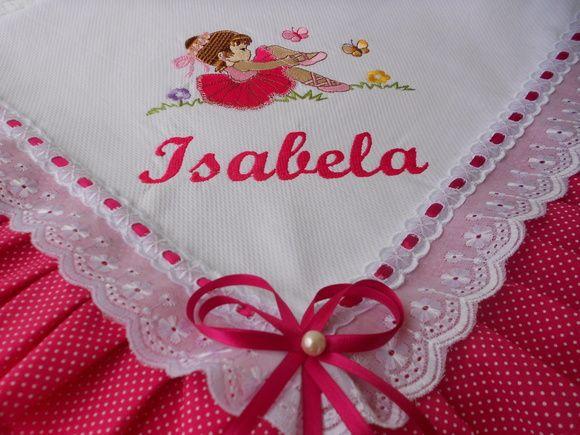 Manta de piquet forrada com tecido 100%algodão,acabamento em bordado inglês  e passa fita. R$ 88,00