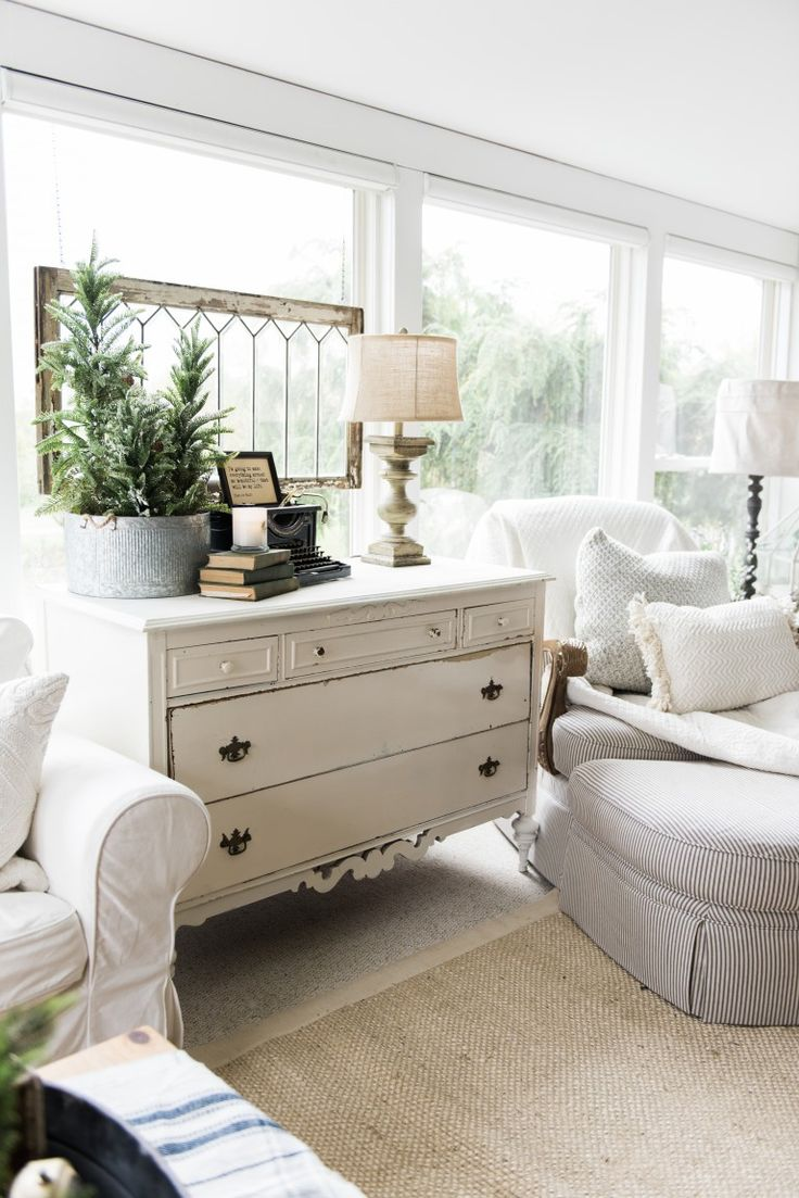 1000 sunroom ideas on pinterest sunrooms sunroom for Farmhouse sunroom ideas