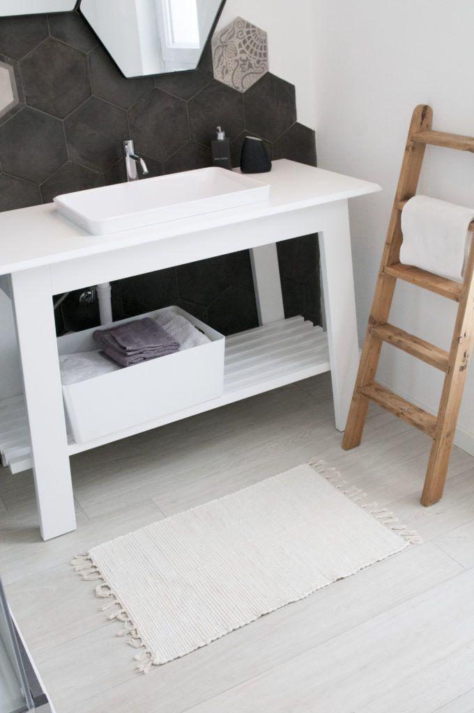 Oltre 25 fantastiche idee su bagni in bianco e nero su - La riggiola piastrelle ...