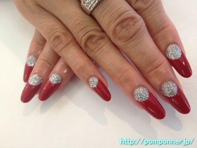 赤の逆フレンチネイルに根元はシルバーラメ Base silver lame to reverse French nail red #moon