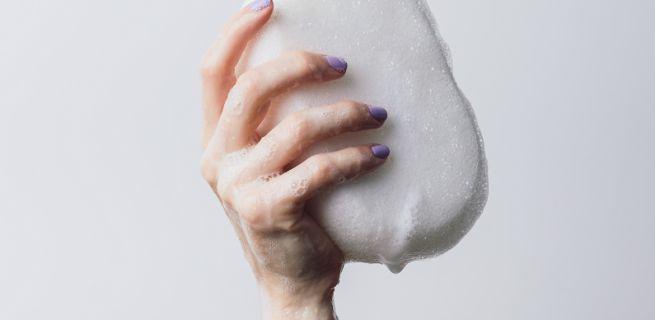 Nieprzyjemny zapach z miejsc intymnych? Nie ignoruj go. To może być zwiastun infekcji, którą wyleczysz z pomocą ginekologa! Leki bez recepty - nasza lista!