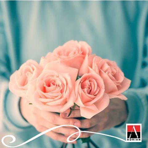 Każda z Was codziennie zasługuje na odrobinę luksusu! #adrian #adrianinspiruje #rajstopyadrian #style #fasion #inspiration #pastels #glamour #instagram #roses