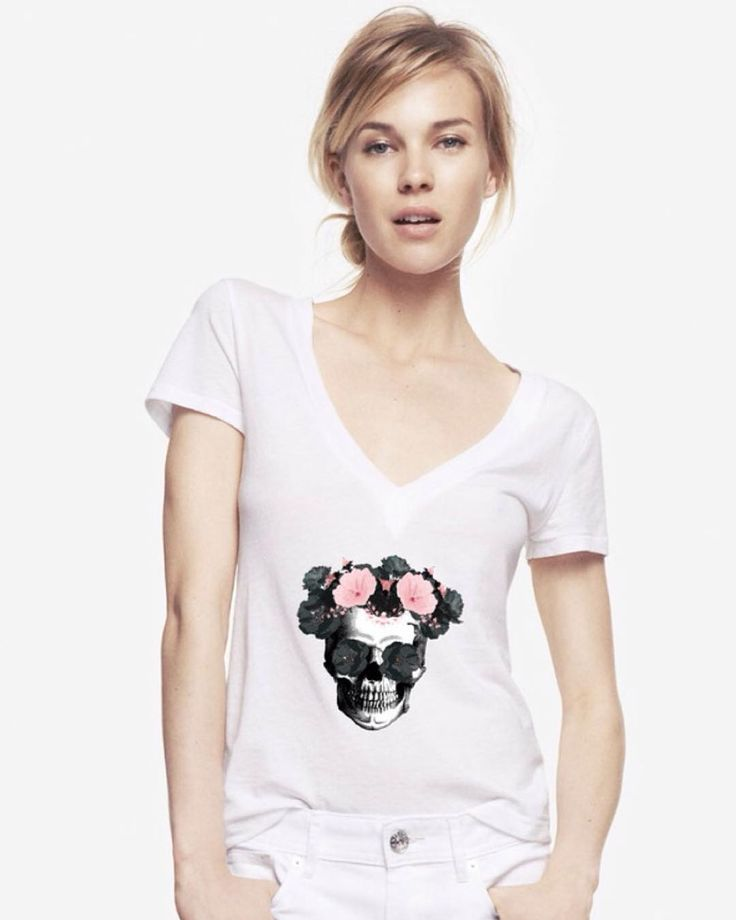 Flower skull  i was away on a travel but im back guys and tomorrow we are opening our shop  .i hope you are all doing ok .  #skullstyle #luxury #life #lifestyle #womensware #skull #skulls #style #badass #men #menfashion #mensware #millionaire #geek #luxurylife #luxurylifestyle #fashion #women #womensfashion #exotic #womensstyle #catrina #success #black #flower #tattoo #girlswithtattoos #classy #lady #shirt