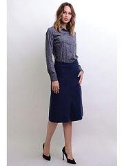 """Юбка Холли LINO RUSSO  Холодное время года - это не повод отказываться от красивых юбок и платьев! Шерстяные юбки позволяют чувствовать себя комфортно и модно. Быть в тренде не так сложно юбка """"Холли"""" из плотной итальянской шерсти поможет Вам в этом. Силуэт трапеция посадка на линии талии. По центру переднего полотнища шов шлица. Декоративные фигурные резы визуально рисуют силуэт. По центру заднего полотнища шов потайная застежка-молния. Юбка длиною миди обработана вискозной подкладкой…"""