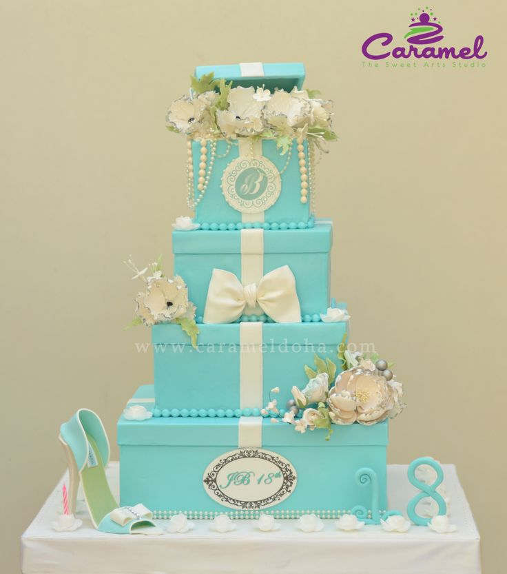 Tiffany Themed Party For Keira S 18th Birthday: Best 25+ 18th Birthday Cake Ideas On Pinterest