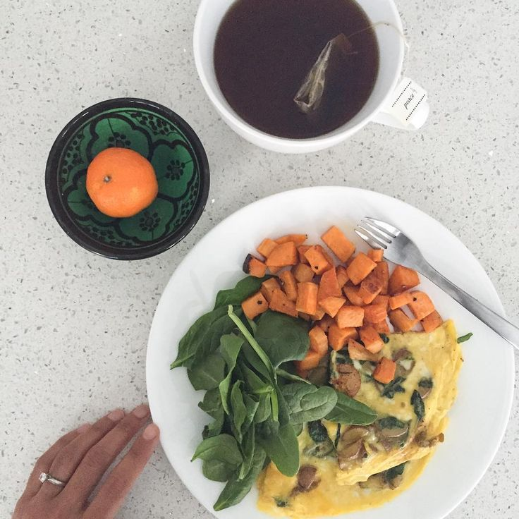 Indian spiced omelette with a side of spinach and sweet potato hash!