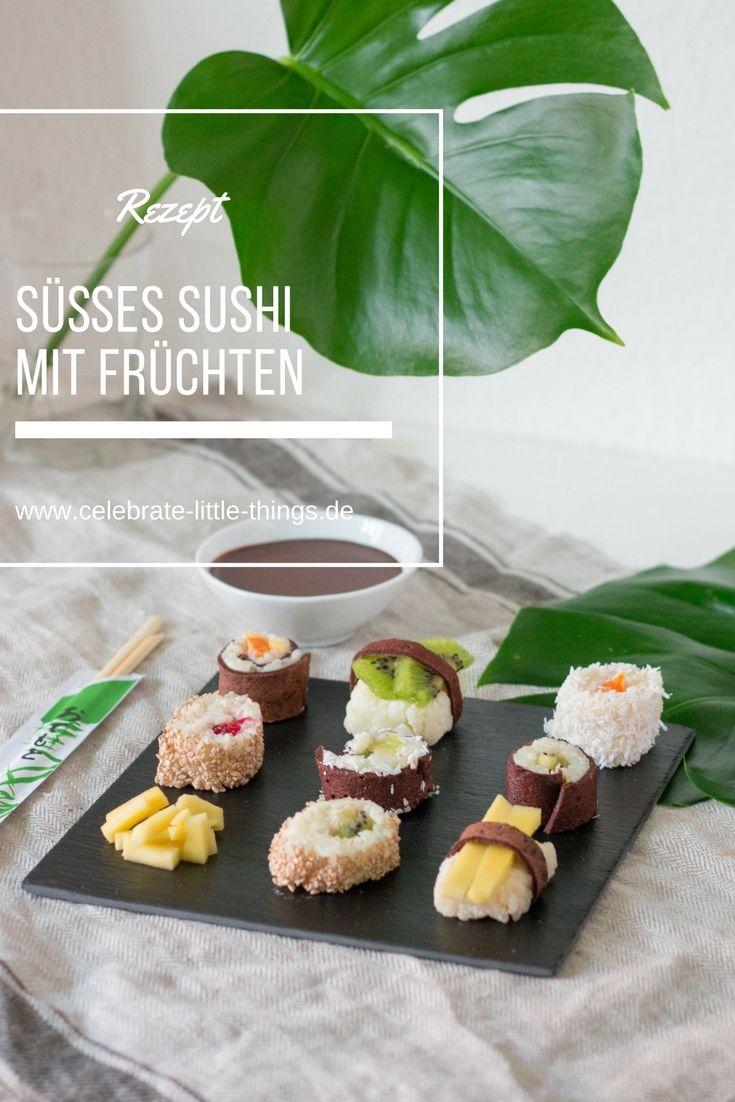 Süßes Sushi mit Früchten und Schokosauce